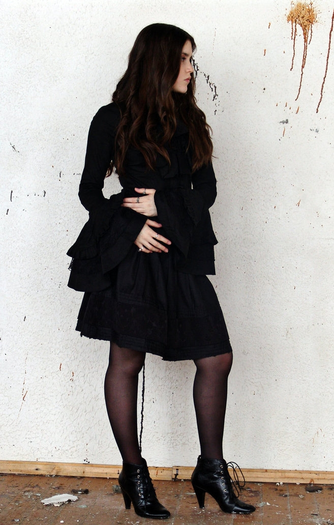 Gothic Girl wearing Black Sheer Pantyhose and Black Heeled Shoes