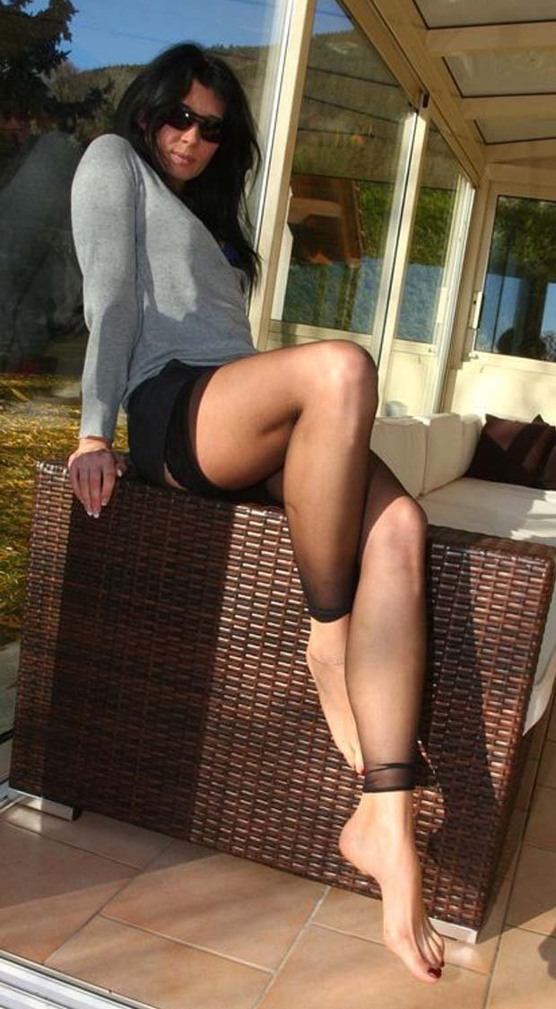 naked-girl-whith-legins-american-virgin-movie-sexy
