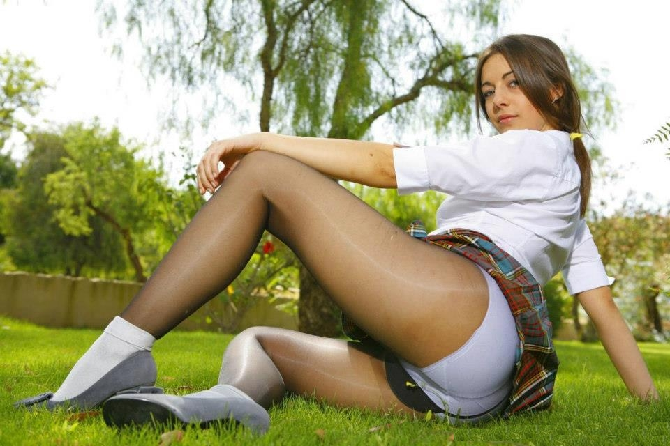 Jeny smith bottomless pantyhose public flashing - 91 part 2